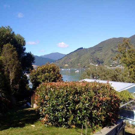 Anakiwa, Selandia Baru: View from the garden
