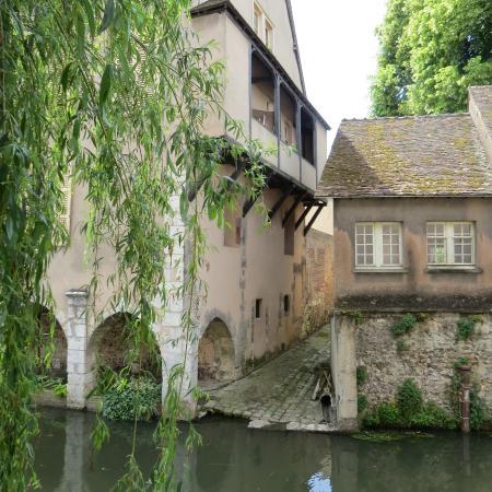 Chartres Historic Preservation Area: Bord de l'Eure