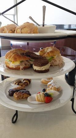 Mount Joy, Pensilvania: Tiered dining
