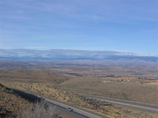 Ellensburg, Etat de Washington : views coming into town from yakima, great view point