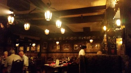 Rancho Mirage, Kalifornien: The charming dining room at Lord Fletcher's.