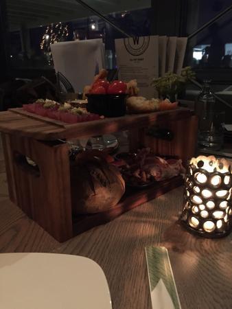 Ouddorp, Países Bajos: Verbluffend sfeervol restaurant met een gewoon lekkere kaart vol met heerlijke gerechten, 100% a