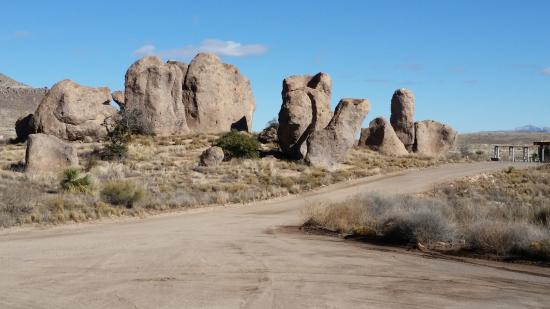 City of Rocks State Park: Rock formations.