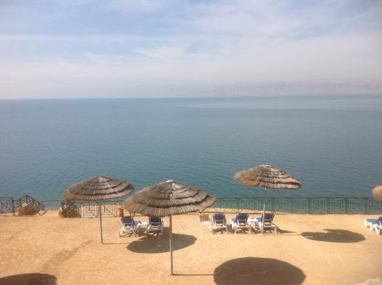 beach picture of movenpick resort spa dead sea sweimah rh en tripadvisor com hk where is the dead sea located on a map