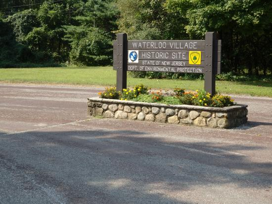 Stanhope, NJ: Entrance Sign