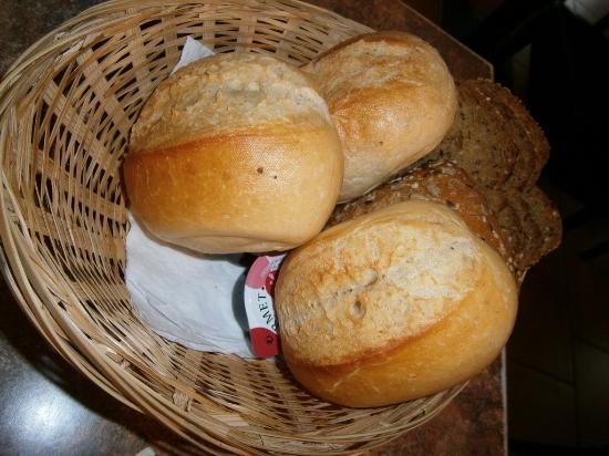Raeren, Belgien: Patits pains bien frais