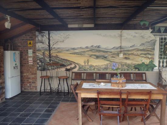 Piet Retief, Sudáfrica: BBQ area and courtesy bar