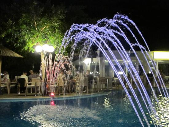 Corissia Beach Hotel: Am Pool