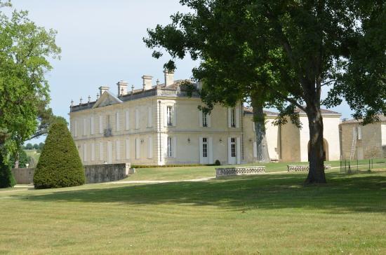 Château de La Dauphine: Chateau de La Dauphine - Vorderansicht