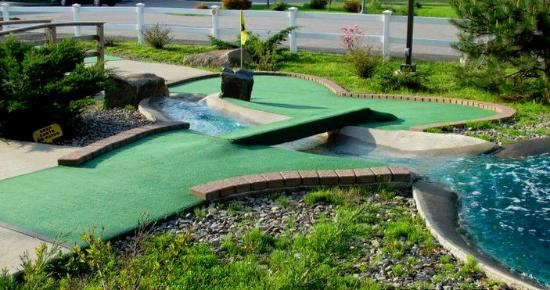 Golfer's Crossing Mini Golf