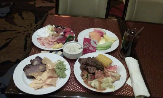 lunch buffet all you can eat picture of the buffet funner rh tripadvisor com