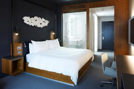 Le Germain Hotel Toronto Mercer: Newly-Renovated Classic King Guestroom