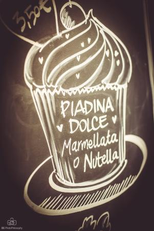 Bra, Italia: Le dolcezze di SeDici Piadina