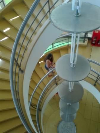Bexhill-on-Sea, UK: An amazing staircase!