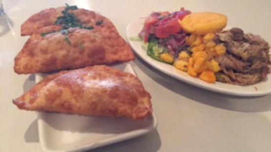 Mi Patria Ecuadorian Restaurant: Empanadas and Picadillo de Hornado