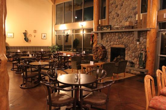 Ферни, Канада: Tandoor & Grill Restaurant