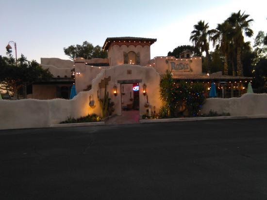 Rancho de Tia Rosa: Hacienda de Rosa entrance