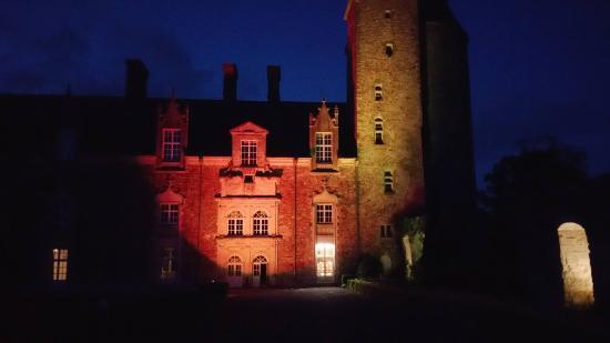 Blain, Francja: Château Virtual Combat Academy
