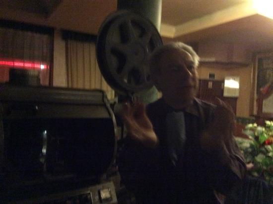 Lido : Гордость хозяина- старинный кинопроектор