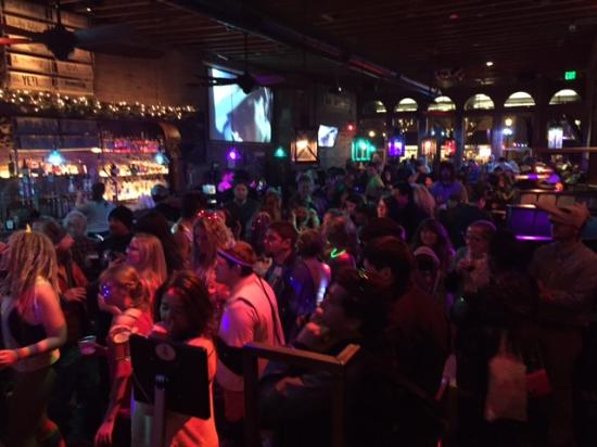 Derailed Pour House: Snowdown 2016 Check out that Crowd!