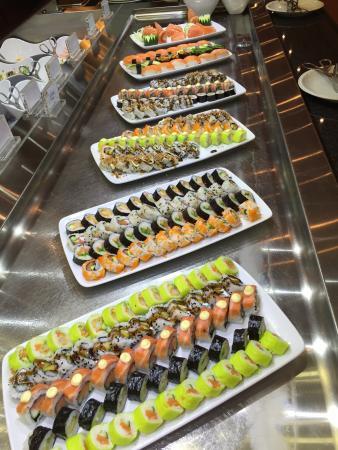 Baillargues, Francja: Buffet sushis !