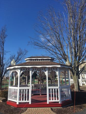 Bellville, OH: Der Dutchman Restaurant