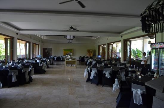 Garuda Wisnu Kencana Cultural Park: Restaurant