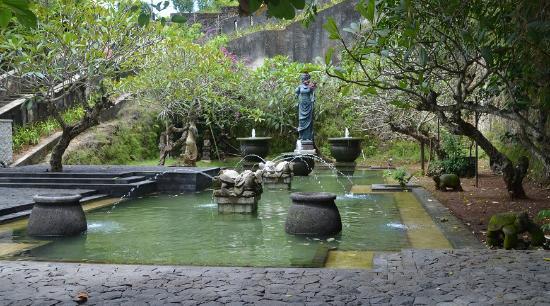 Garuda Wisnu Kencana Cultural Park: Tortoise Plaza