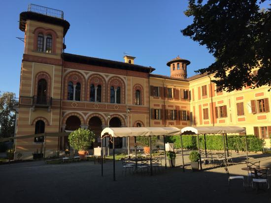 Melazzo, Италия: Il cortile