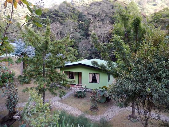 San Gerardo de Dota, Costa Rica: cabin from the road