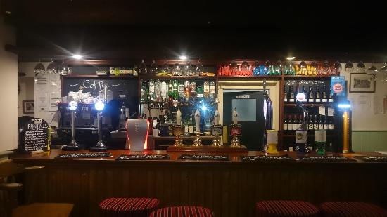 Woodgreen, UK: Welcome to the Horse and Groom