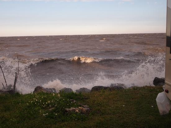 Lake Okeechobee Outpost : Surf was up on Feb 5th but this is the price you pay for those beautiful sunsets over the lake