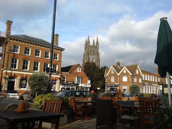 Tenterden, UK: Outside tables