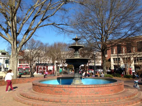 fountain in the square park picture of marietta square marietta rh tripadvisor com