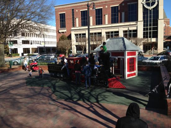 childrens play train in square park picture of marietta square rh tripadvisor com