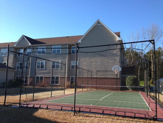 guests tennis court picture of residence inn macon macon rh tripadvisor com