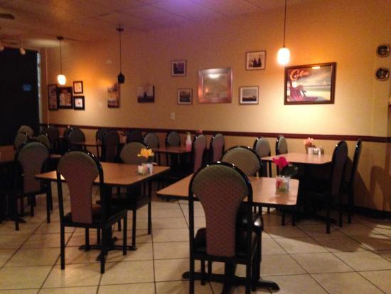 Marietta, GA: Cuban Diner Tables & Pictures