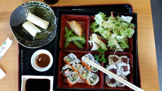 Fort Erie, Canada: Sushi Lunch Special