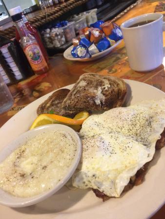 Lantana, FL: Eggs, Corned Beef Hash, Grits, Marble Rye Toast!
