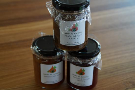 Deloraine, Australien: Local jams by Laura Windo