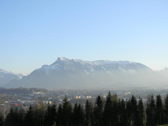 Anif, Autriche : Von Maria Plein in Richtung Süden gesehen