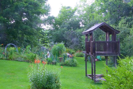 Mount Holly, VT: Side yard and vegetable garden