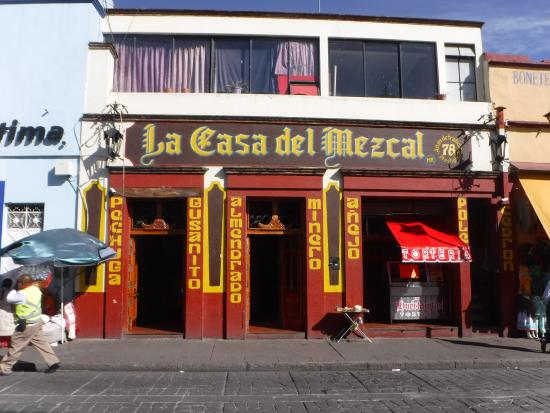 Zocalo: mezcal bar next to square