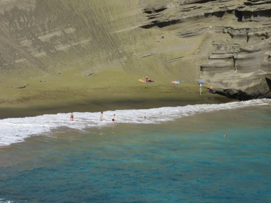 Naalehu, Hawaje: Here's the beach