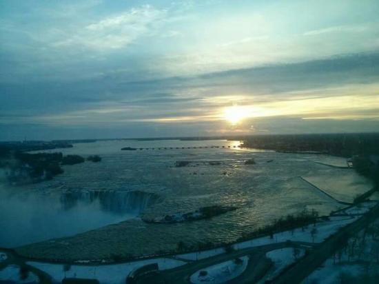 Marriott Niagara Falls Fallsview Hotel & Spa: FB_IMG_1454725557854_large.jpg