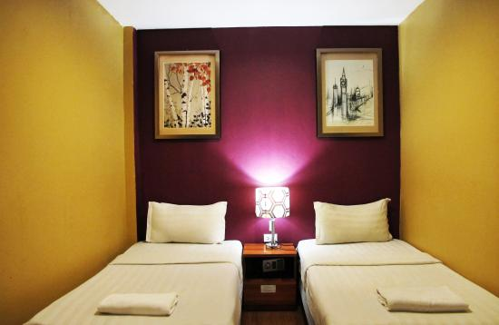 The Richy Place Guest House: Twin room