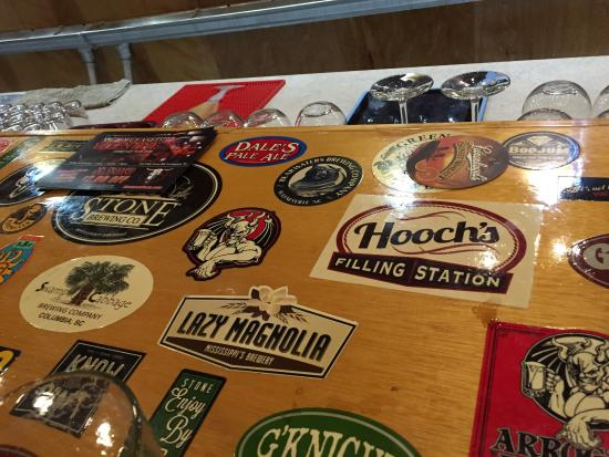 Lexington, SC: Great bar top. Knowledgeable staff. The draft selection is excellent with a wide variety for all