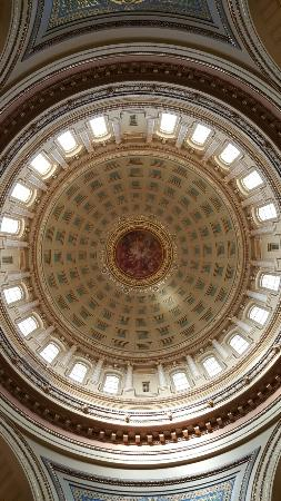 Wisconsin State Capitol: 20160205_101721_large.jpg