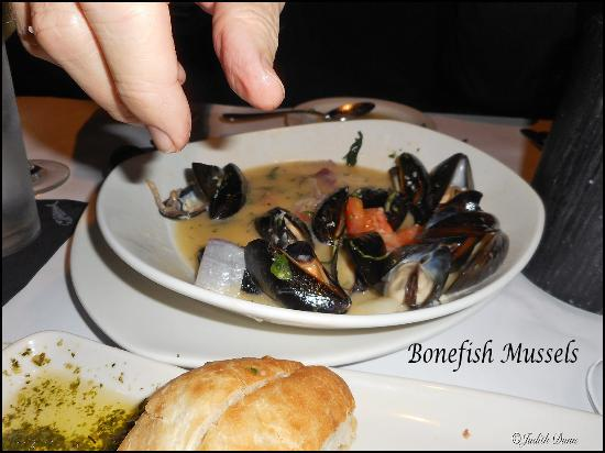 Bonefish Grill: Mussels