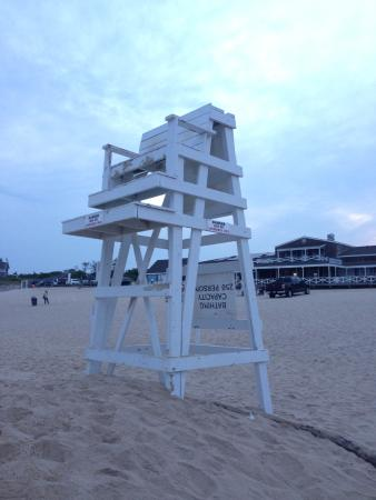 Hamptons, NY: main beach at south hampton